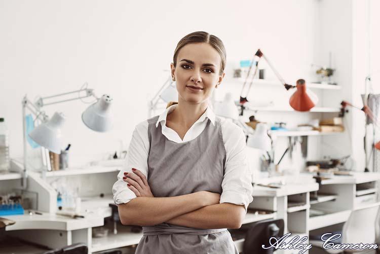 Ashley Cameron author of craftsmenxp.com